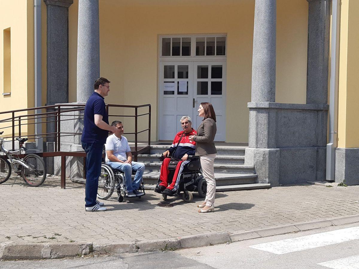 Osobama sa invaliditetom u Šapcu omogućeni dobri uslovi za bavljenje sportom