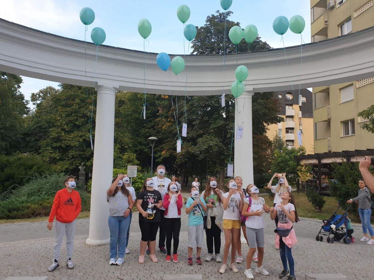 "Чивијашки балони отишли у ""бели свет"""