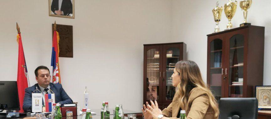Pomoćnica ministra za brigu o porodici i demografiju posetila opštinu Vladimirci
