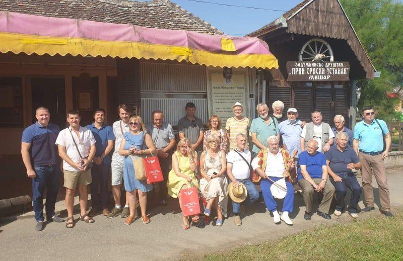 Učesnici Likovne kolonije Mišar