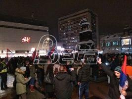 U Nišu počeo protest Stop teroru-Jedan od pet miliona