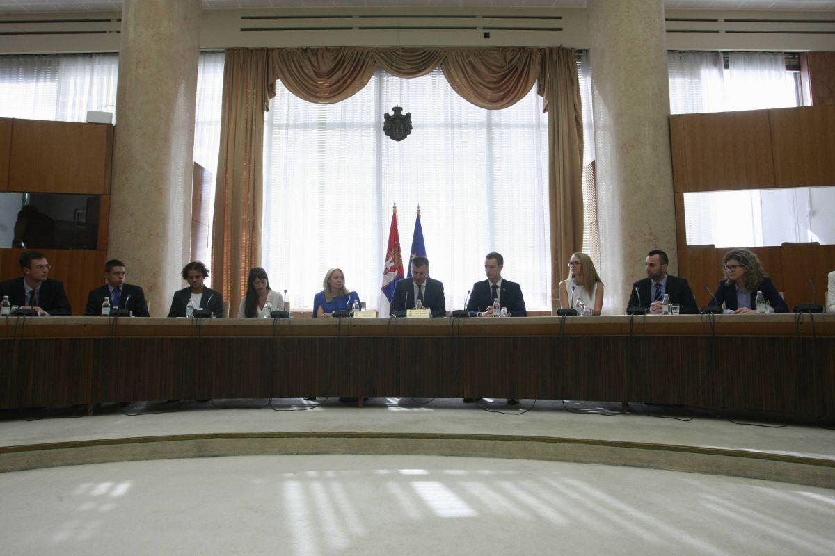 Ministar Đorđević najavio strategiju za povratak obrazovanih mladih ljudi u Srbiju