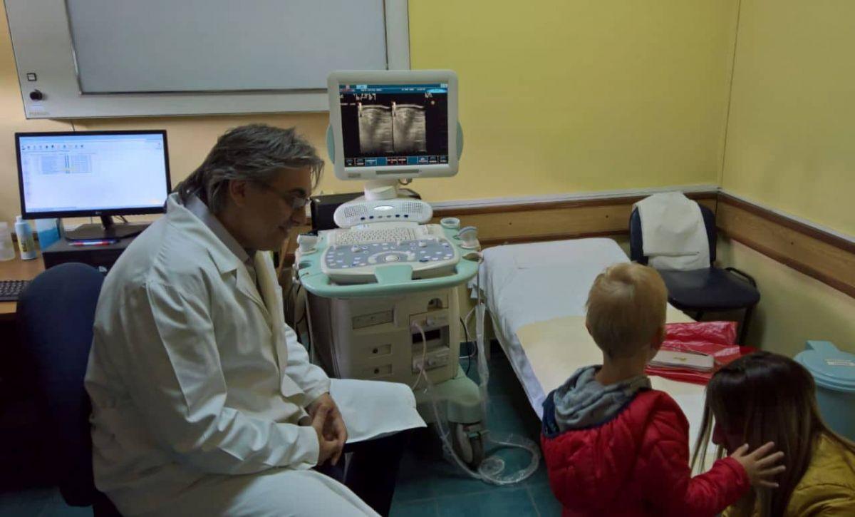 Eminentni stručnjak pregledao najmlađe šabačke pacijente