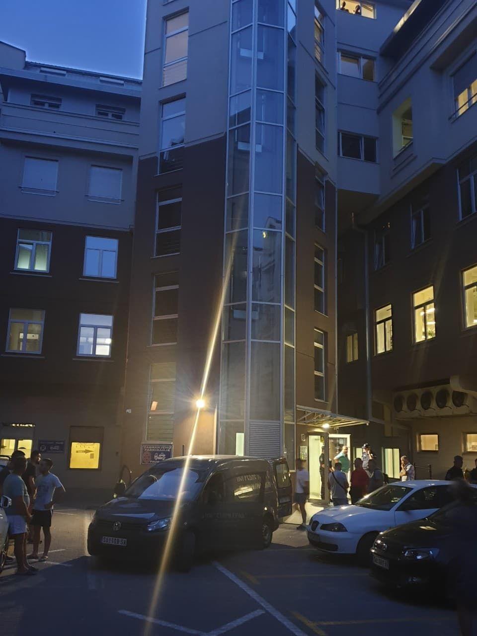Radnik poginuo prilikom popravke lifta