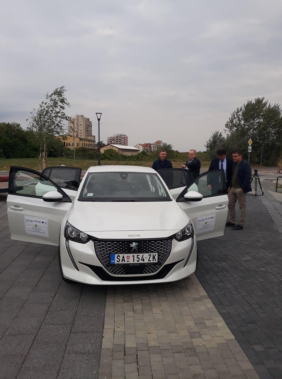 Шабачке првине: Први електрични аутомобил у Србији