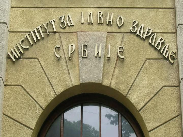 Батут: У Србији 422 оболела од малих богиња