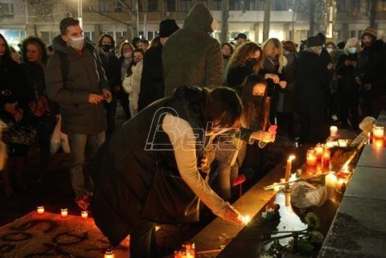 Epidemiolog:Okupljanja u čast Balaševića bez zaštite odaje se počast korona virusu