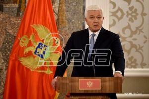 Premijer Crne Gore: Nećemo uređivati ko će ići u crkve, ali one pripadaju državi