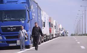 Kamioni na Horgošu i Batrovcima čekaju šest sati