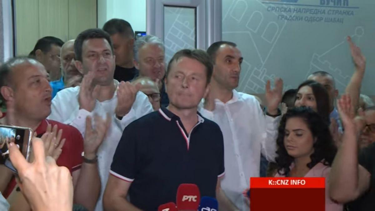 Pobedu posvećujemo Vučiću