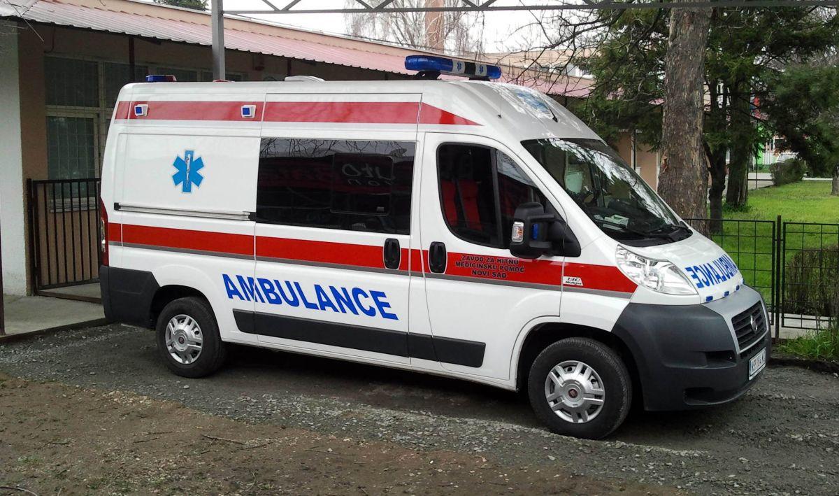 Хитна помоћ: 64 амбулантних и 17 прегледа на терену
