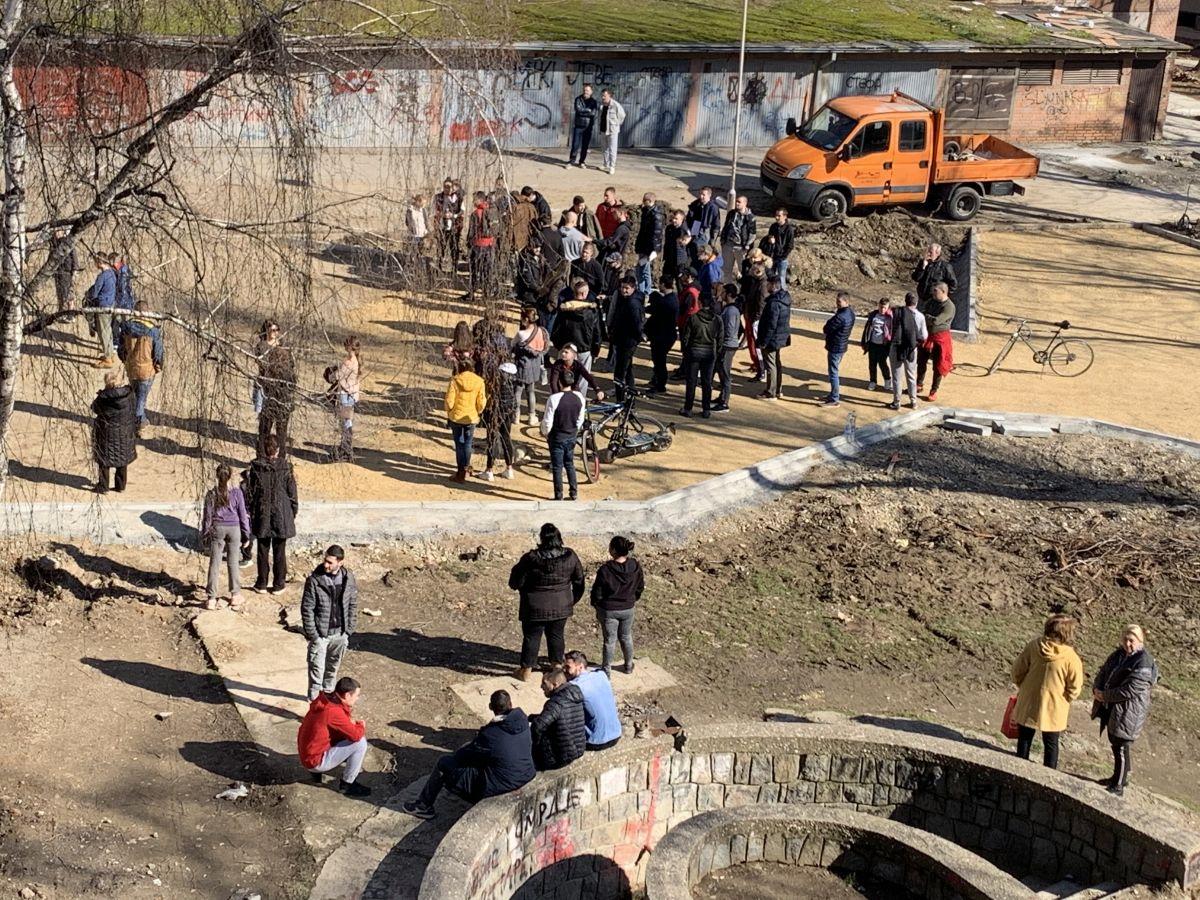 Протест у паркићу у Бенској бари