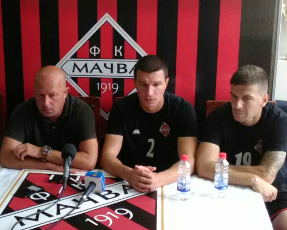 Тренер Аничић, капитен Пејовић и Ристивојевић