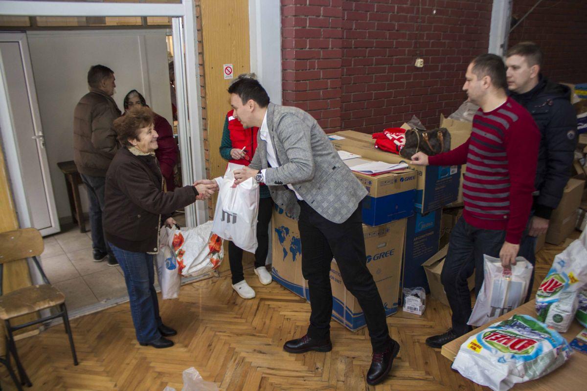 Пакети за 320  најугроженијих  шабачких породица
