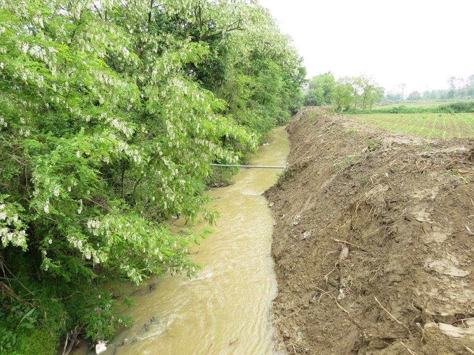 Nesavesni građani ponovo odlagali otpod u kanale
