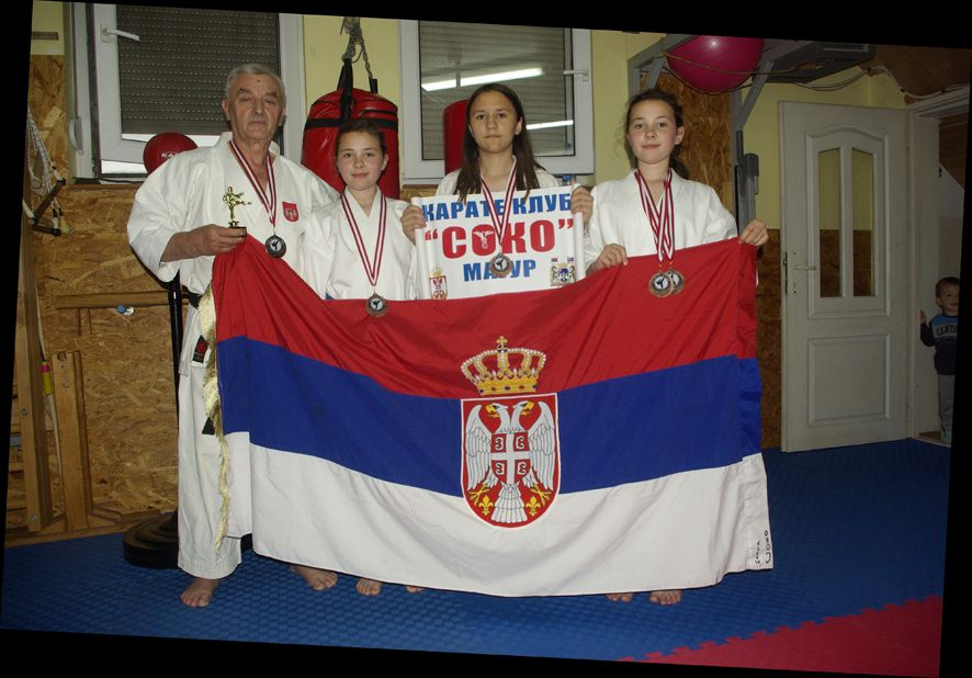 Tri medalje