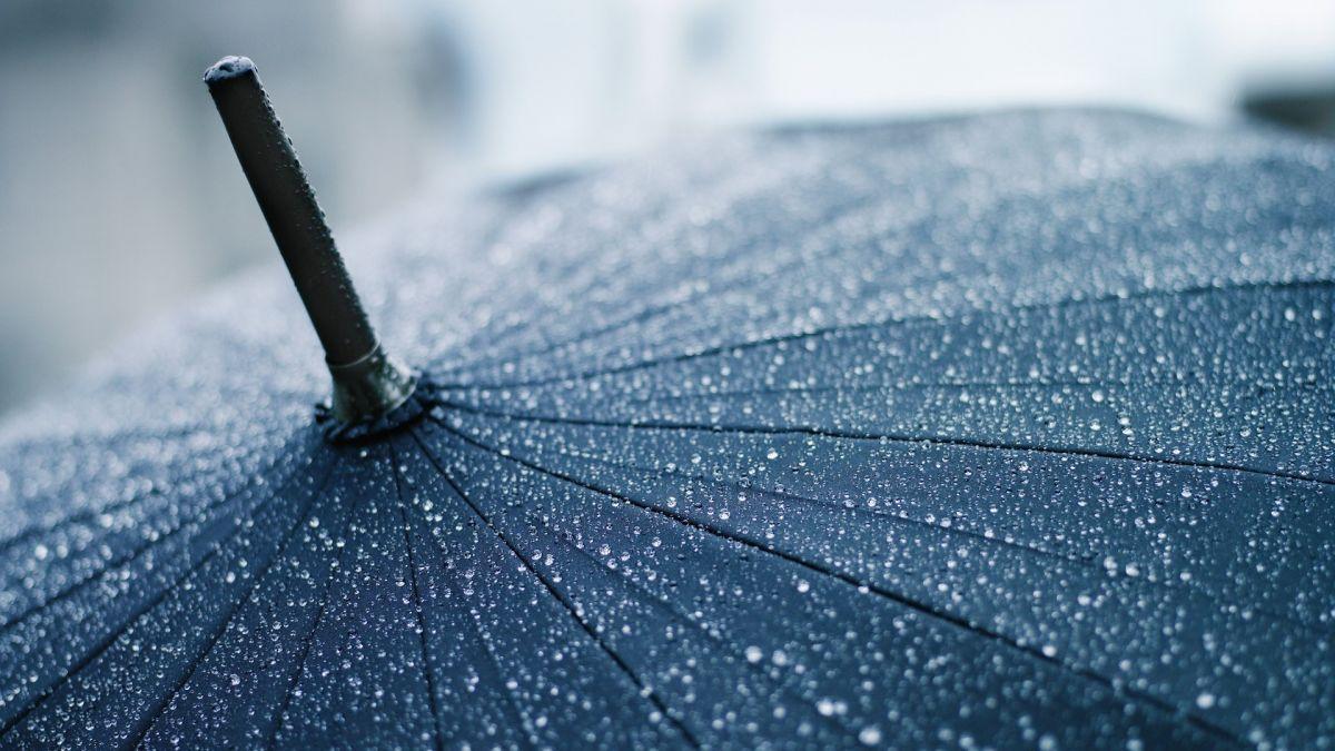 Данас наоблачење уз слабу кишу и ветар