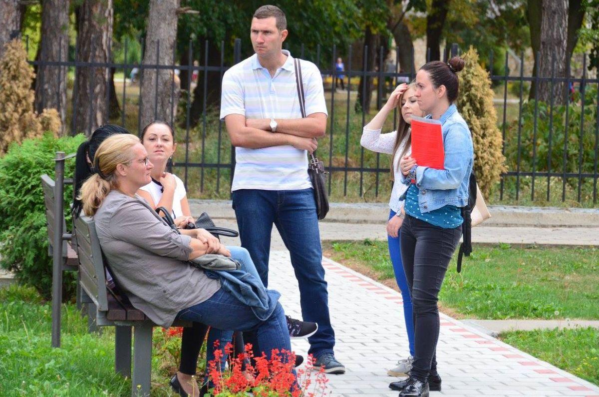 ЛИЧНИ ПРАТИЛАЦ ЗА ДЕЦУ  СА СМЕТЊАМА У РАЗВОЈУ