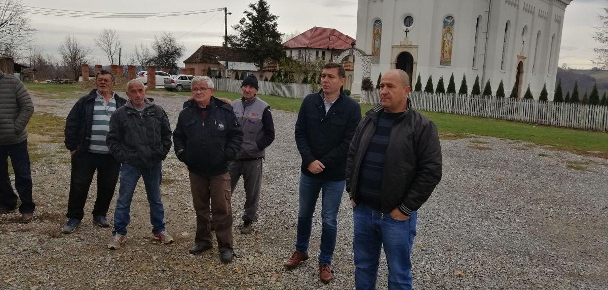 Gradonačelnik sa meštanima Nakučana, Sinoševića i Bojića