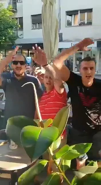 """Kakav predsednik, takvi i sledbenici"": Đilasa i članove Stranke slobode i pravde u Šapcu vređali i vikali im ""Šiptari"""
