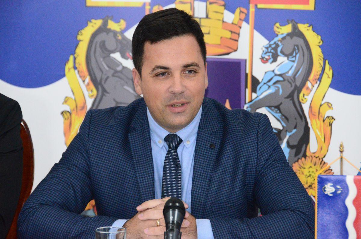 Novogodišnja čestitka  Nemanje Pajića, predsednika Skupštine grada Šapca