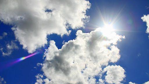Danas promenjivo oblačno, mestimično sa pljuskovima i grmljavinom