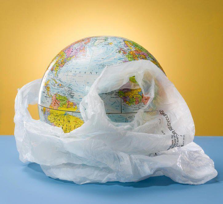 Министарство заштите животне средине: Употреба пластичних кеса смањена за 60 одсто