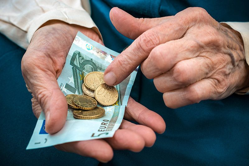 Приватне пензије уплаћује девет одсто запослених у Србији