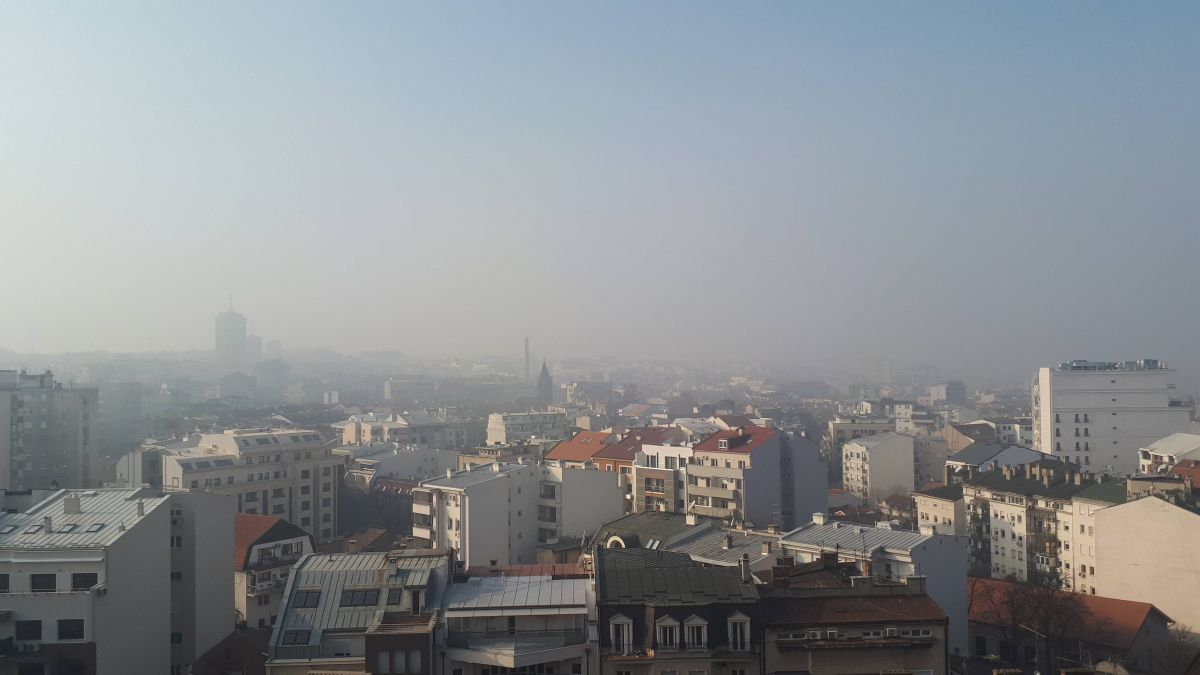 Slab mraz i mestimična magla