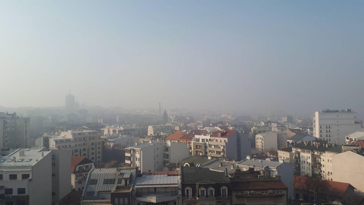 Слаб мраз и местимична магла