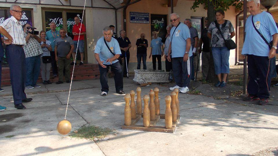 Спортски сусрети и дружење чланова удружења РМВИ