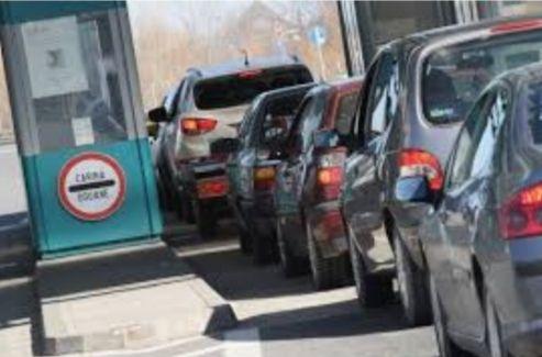 Na putničkim terminalima graničnih prelaza nema zadržavanja, na teretnim od jednog do šest sati