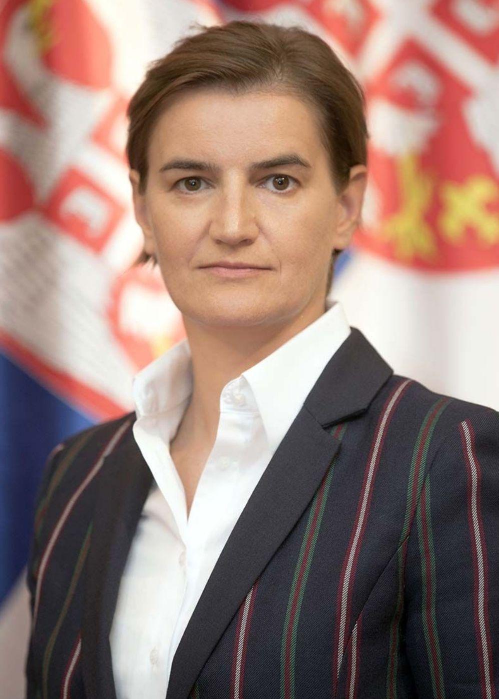 Брнабић: Влада ће данас повући уредбу о централизовању информација о епидемији корона вируса