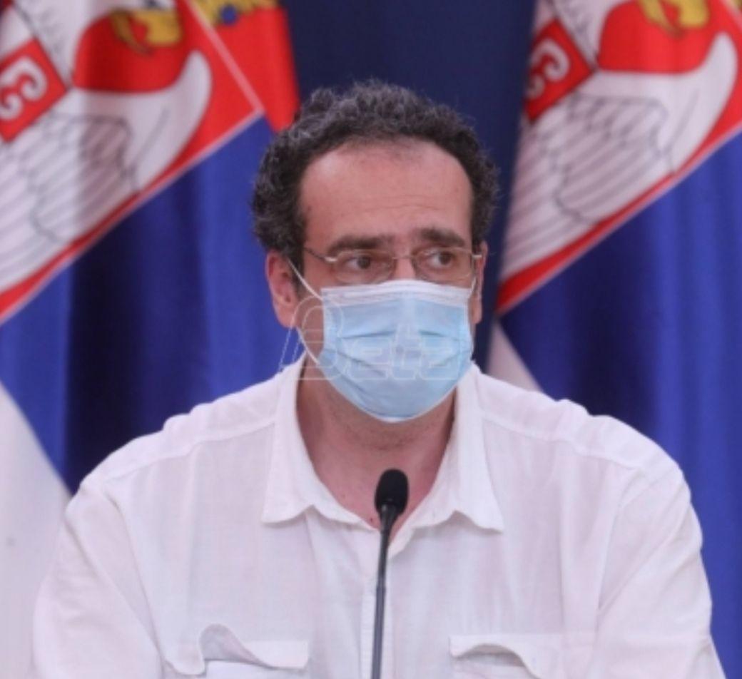 Имунолог Јанковић: Епидемиолошка ситуација повољна, али споро опада број новооткривених случајева