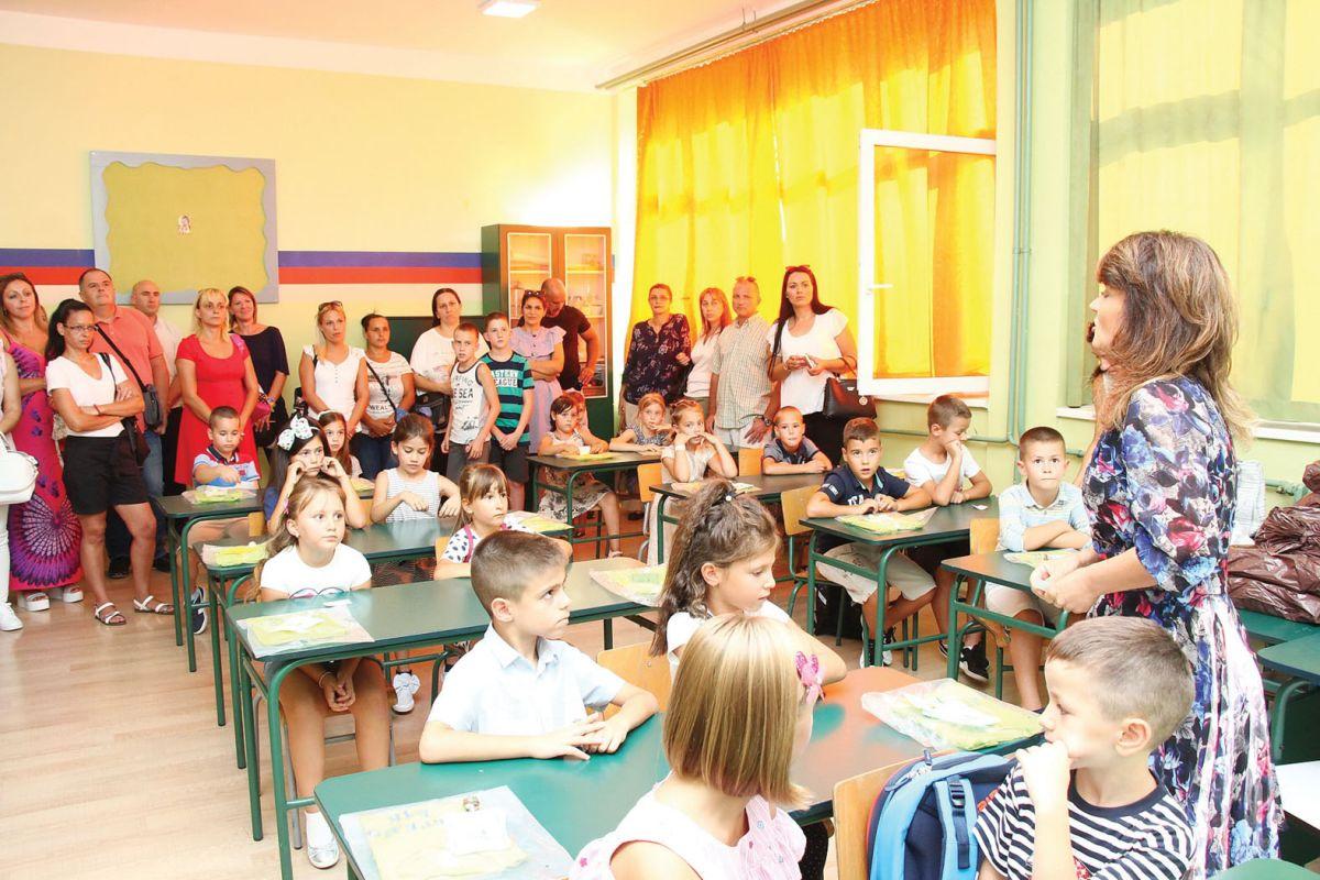 Radost prvog školskog zvona
