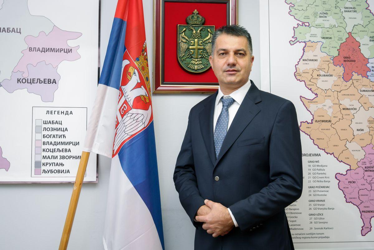 Čestitka Vladana Krasavca,načelnika Mačvanskog upravnog okruga Povodom   obeležavanja   Dana   grada Šapca