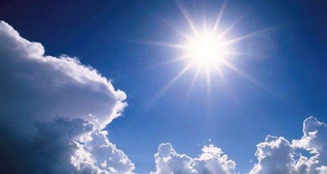 Oблачно са сунчаним интервалима, увече киша