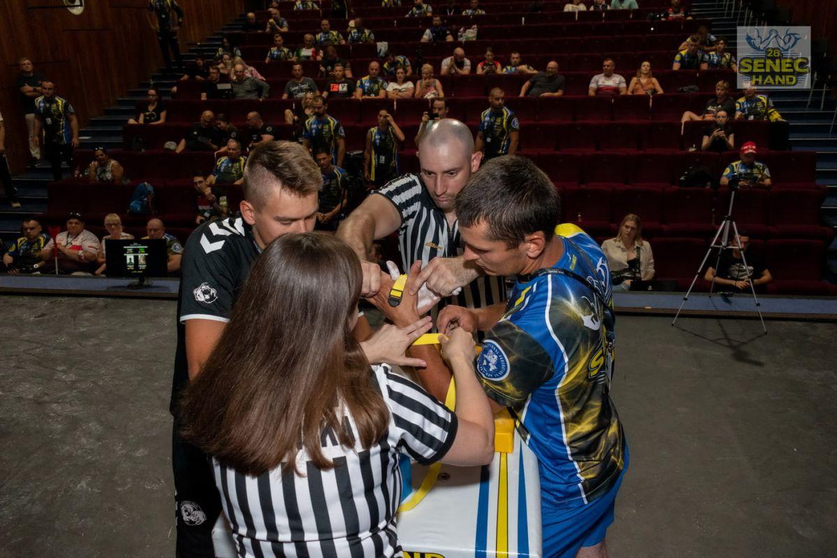 SENEC фото: HAND - IFA Armwrestling World Cup (фб страна)