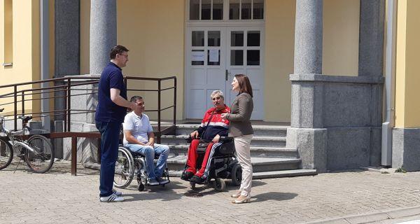 Особама са инвалидитетом у Шапцу омогућени добри услови за бављење спортом