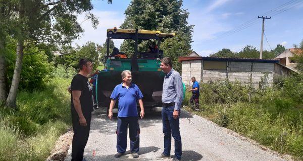Нови километар асфалта у Горњој Врањској