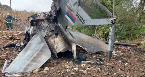 Nova: Piloti heroji ostali u avionu da ne bi pao na kuće