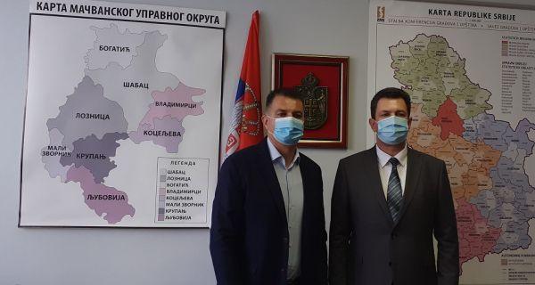 Састанак начелника  МУО и градоначелника Шапца: Повезивање републичких и градских органа власти