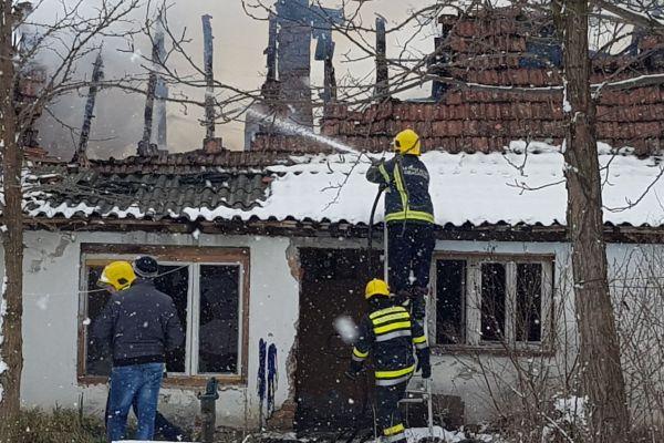 Izgorela kuća u Majuru