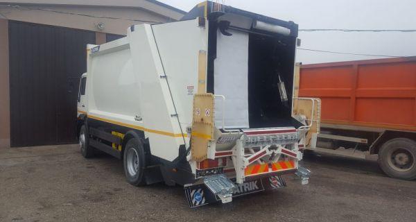 """JKP """"Stari grad"""": Novo vozilo za odnošenje smeća"""