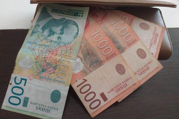Prosečna neto plata u januaru u Srbiji bila 63.058 dinara