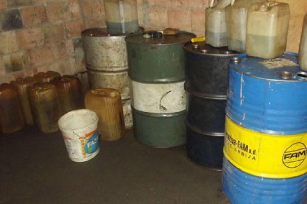 Zaplenjeno 130 litara nafte