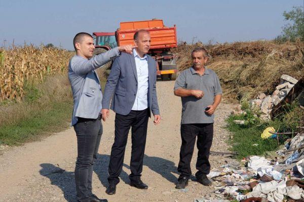Почело чишћење дивље депоније у Рибарима