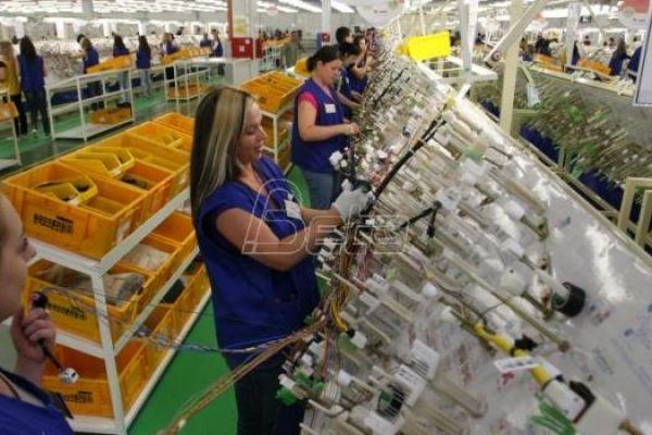 Kompanija Jura u Nišu gasi proizvodnju auto-instalacija