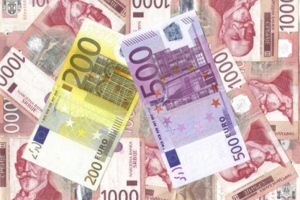 Ерсте банка: Кеш кредити и даље најпопуларнија позајмица
