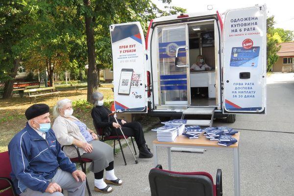 Мобилна експозитура Банке Поштанске штедионице у Геронтолошком центру